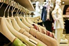 """法国将立法要求服装和纺织品添加""""碳排放分数""""标签"""